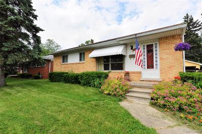 Royal Oak Single Family Home For Sale: 1426 W 13 Mile Road
