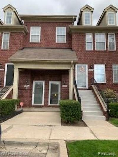 Southfield Condo/Townhouse For Sale: 15665 Stone Crossing Drive