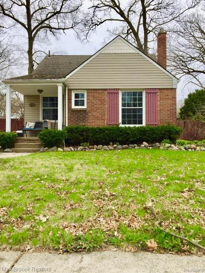 Ferndale Single Family Home For Sale: 243 Gardendale Street