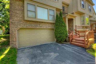 West Bloomfield Twp Condo/Townhouse For Sale: 6339 Aspen Ridge Boulevard