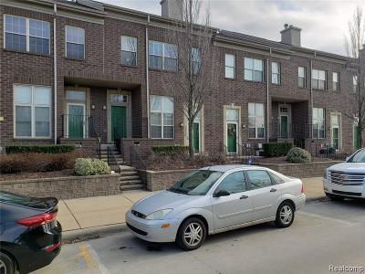 Dearborn Condo/Townhouse For Sale: 13647 Osborn Avenue