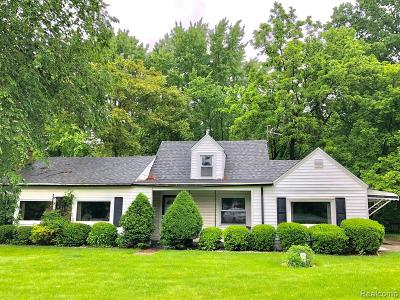 Single Family Home For Sale: 47148 Ford Road