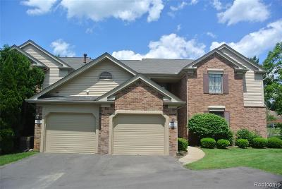 Farmington Hills Condo/Townhouse For Sale: 36986 Dartmoor Drive