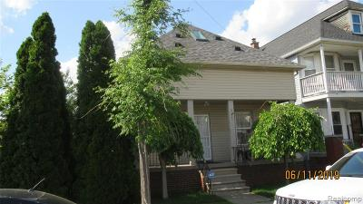 Hamtramck Single Family Home For Sale: 3833 Edwin Street