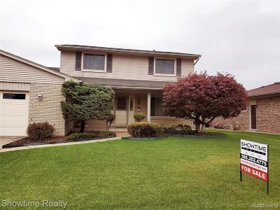 St Clair Shores, Roseville, Fraser, Harrison Twp Single Family Home For Sale: 15280 Sherwood