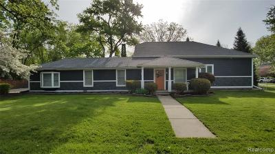 West Bloomfield Twp Single Family Home For Sale: 5675 Carlburt Street