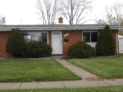 Madison Heights MI Single Family Home For Sale: $169,900