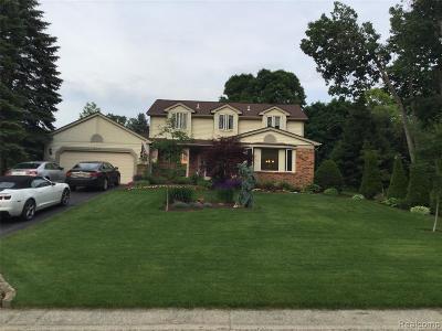 White Lake Single Family Home For Sale: 421 Melinda Circle