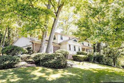 Bloomfield Twp Single Family Home For Sale: 900 Sandhurst Road