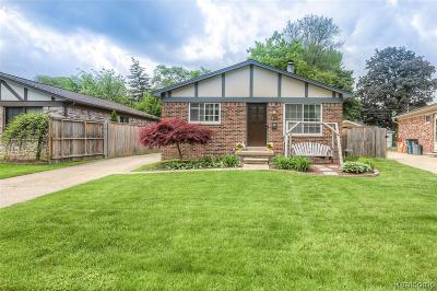 Royal Oak Single Family Home For Sale: 4411 Robinwood Avenue