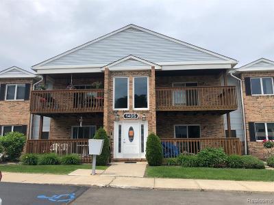 Trenton Condo/Townhouse For Sale: 1405 Harbour Boulevard