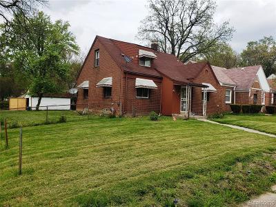 Detroit Single Family Home For Sale: 20716 Santa Clara