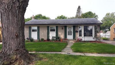 Warren, Eastpointe, Roseville, St Clair Shores, Clinton Township, Harrison Twp Single Family Home For Sale: 29603 Fairfield Drive