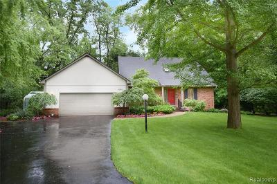 Bloomfield Twp Single Family Home For Sale: 5991 Blandford Circle
