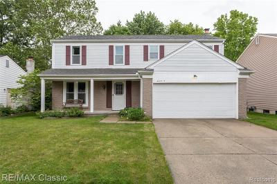 CANTON Single Family Home For Sale: 40317 Chatsworth Court