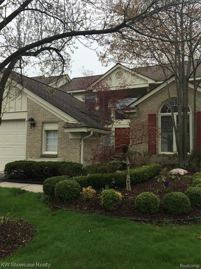 West Bloomfield Twp Condo/Townhouse For Sale: 7324 Simsbury Drive
