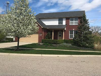 Commerce Single Family Home For Sale: 5000 White Tail Court