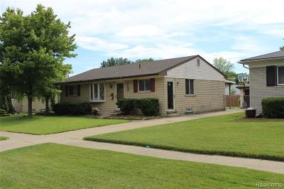 Garden City, Westland, Plymouth Twp, Canton Twp Single Family Home For Sale: 6443 Harmon Court