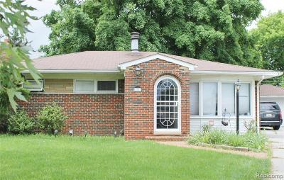 Warren, Eastpointe, Roseville, St Clair Shores, Clinton Township, Harrison Twp Single Family Home For Sale: 16811 May Avenue