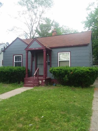 Detroit Single Family Home For Sale: 19186 E Glastonbury Road