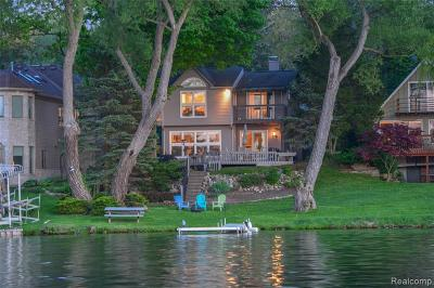West Bloomfield Twp Single Family Home For Sale: 7496 Lakepoint Street