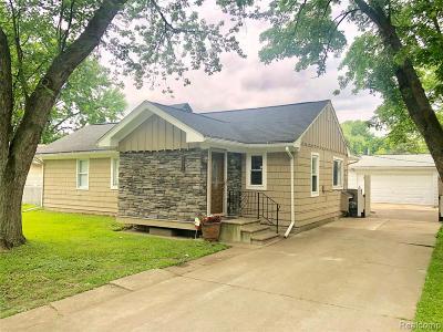 Farmington, Farmington Hills, Southfield, Livonia Single Family Home For Sale: 34016 Rhonswood Street
