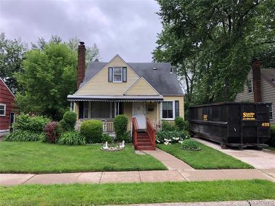 Berkley Single Family Home For Sale: 3813 Cummings Avenue