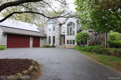 City Of The Vlg Of Clarkston, Clarkston, Independence, Independence Twp Single Family Home For Sale: 7660 Deerhill Drive