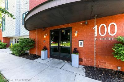 Royal Oak Condo/Townhouse For Sale: 100 N Center Street #203