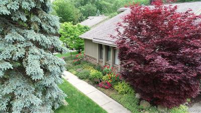 West Bloomfield Twp Condo/Townhouse For Sale: 7630 Linden Drive