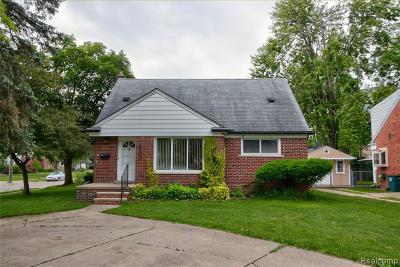Royal Oak Single Family Home For Sale: 2103 N Main Street