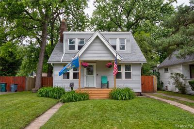 Ferndale Single Family Home For Sale: 241 E Cambourne Street