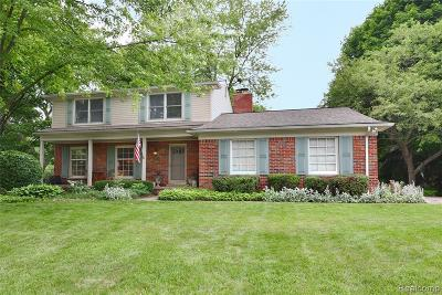 Bloomfield Twp Single Family Home For Sale: 2973 Rambling Way