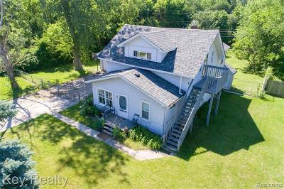 Livonia Single Family Home For Sale: 37621 Amrhein Road