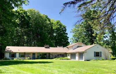 Beverly Hills Single Family Home For Sale: 30255 Woodhaven Lane