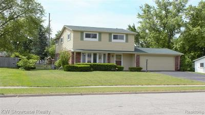 Waterford Single Family Home For Sale: 4927 Crestbrook Drive