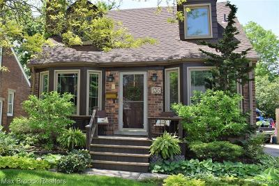 Royal Oak Single Family Home For Sale: 135 N Wilson Avenue