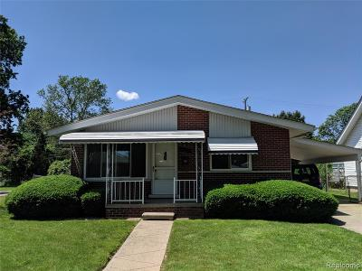 Eastpointe Single Family Home For Sale: 22051 Shakespeare Avenue