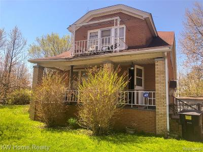 Multi Family Home For Sale: 6135 Woodhall Street