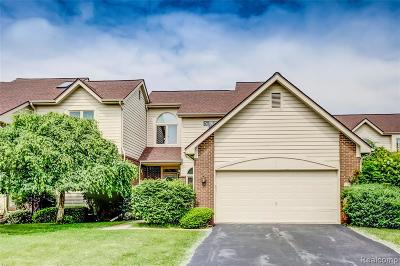 West Bloomfield, West Bloomfield Twp Condo/Townhouse For Sale: 5118 Simpson Lake Road