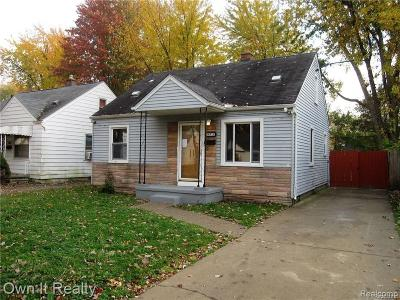 Dearborn Heights Single Family Home For Sale: 24711 Hopkins Street