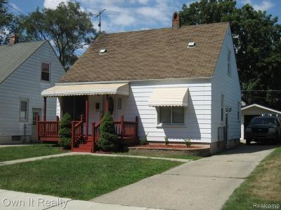 Dearborn Heights Single Family Home For Sale: 25062 Stanford Street