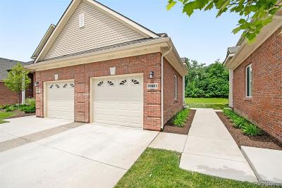 Warren Condo/Townhouse For Sale: 29481 Woodpark Circle