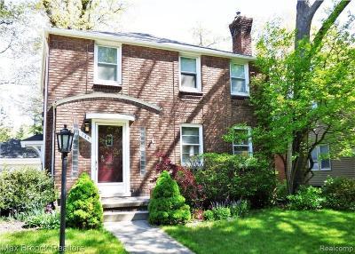 Ferndale Single Family Home For Sale: 746 W Breckenridge Street