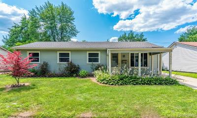 Romulus Single Family Home For Sale: 15640 Woodmont Street