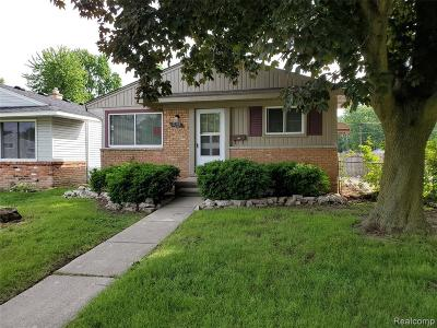 St. Clair Shores, Harrison Twp, Roseville, Clinton Twp Single Family Home For Sale: 23110 Allor Street