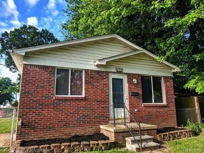 Ferndale, Royal Oak, Berkley Single Family Home For Sale: 872 Camden Street