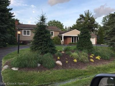 West Bloomfield, West Bloomfield Twp Single Family Home For Sale: 2745 Pine Ridge Road