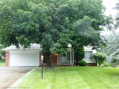 Rochester Hills Single Family Home For Sale: 736 Wilwood Road