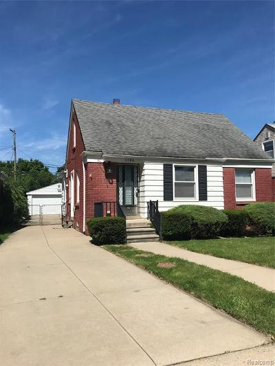 Dearborn Single Family Home For Sale: 3346 McKinley Street